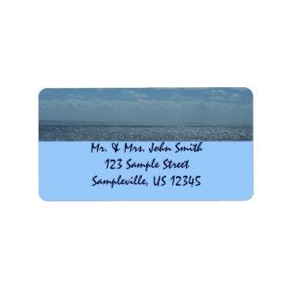 Etiqueta Oceano ensolarado do azul do mar das caraíbas