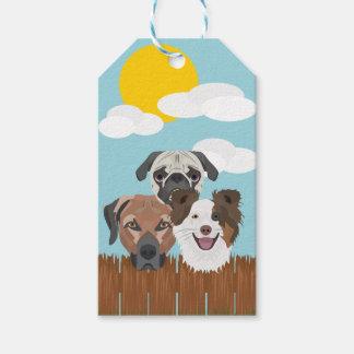 Etiqueta Para Presente Cães afortunados da ilustração em uma cerca de