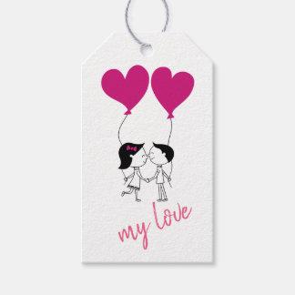 Etiqueta Para Presente Casal bonito com balões do coração
