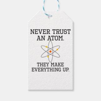 Etiqueta Para Presente Nunca confie um átomo - ciência engraçada