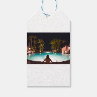 Etiqueta Para Presente Palmas, piscina, mulher e cerveja…