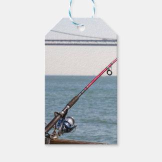Etiqueta Para Presente Pesca Rod no cais em San Francisco Bay