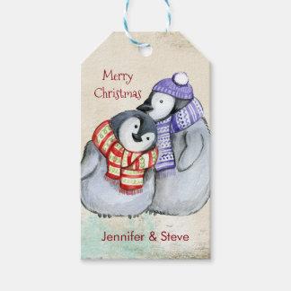 Etiqueta Para Presente Pinguins bonitos em Scarves e em chapéus do