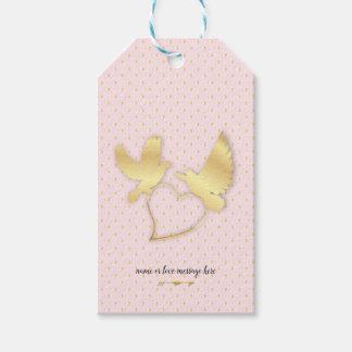 Etiqueta Para Presente Pombas douradas com um coração dourado, amor