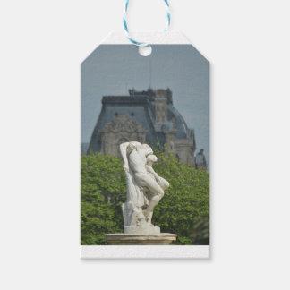Etiqueta Para Presente Uma estátua de mármore clássica em Paris