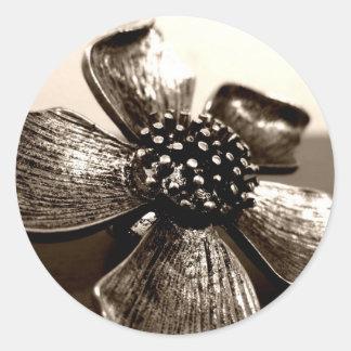 Etiqueta preto e branco da flor adesivo