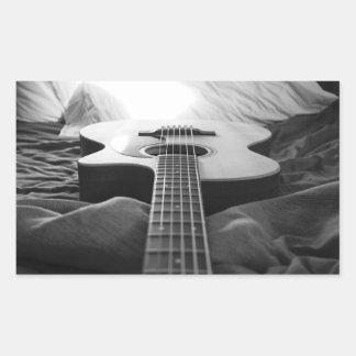 Etiqueta preto e branco da guitarra adesivo retangular