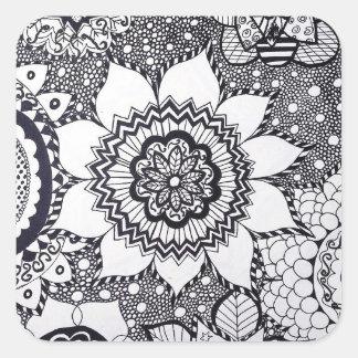 Etiqueta preto e branco da mandala da flor adesivo quadrado