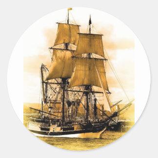 Etiqueta redonda do navio de pirata 2, lustrosa adesivo