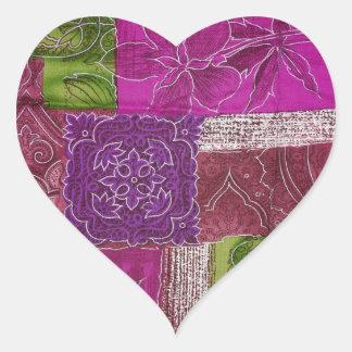 Etiqueta roxa dada forma coração do teste padrão