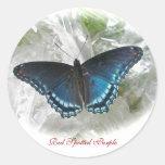 Etiqueta roxa manchada vermelho da borboleta adesivo redondo