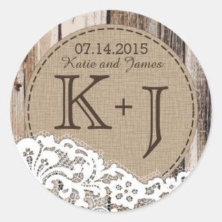 Etiqueta rústica da madeira e do casamento do adesivo