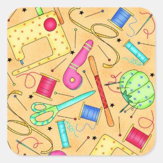 Etiqueta Sewing amarela da arte das noções Adesivo Quadrado