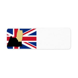 Etiqueta silo do yorkie no preto e no tan da bandeira