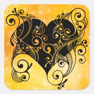 Etiqueta tribal do coração do ouro adesivo quadrado