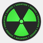 Etiqueta verde & preta do símbolo da radiação adesivo