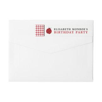 Etiquetas A festa de aniversário das crianças vermelhas do