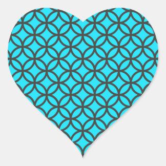 Etiquetas azuis do coração do teste padrão do