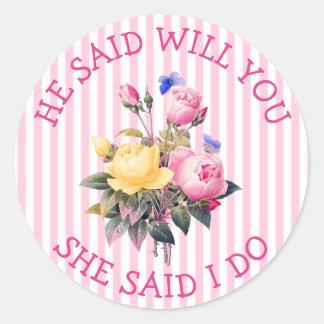 Etiquetas chiques florais cor-de-rosa do convite