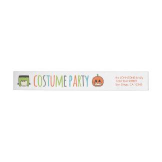 Etiquetas Convite de festas do traje do Dia das Bruxas dos