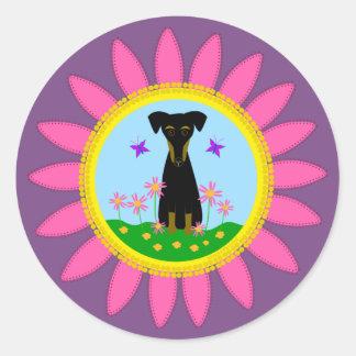 Etiquetas cor-de-rosa da margarida do cão