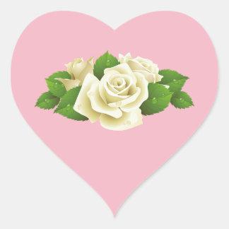 Etiquetas cor-de-rosa do coração do rosa do buquê