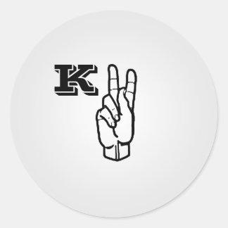Etiquetas da letra K do linguagem gestual grandes Adesivos Em Formato Redondos