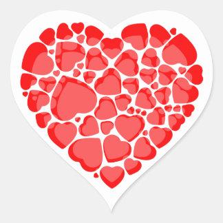 Etiquetas dadas forma coração.