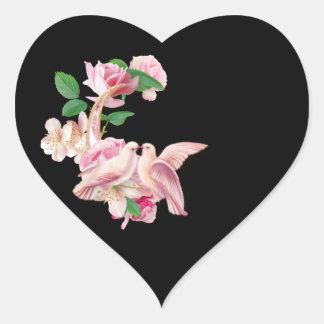 Etiquetas de beijo cor-de-rosa do coração do preto