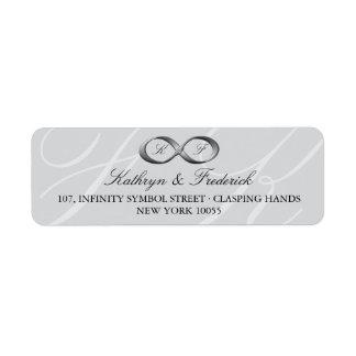 Etiquetas de casamento de prata do fecho da mão da