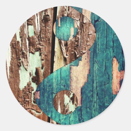 Etiquetas de madeira de Yin Yang da textura Adesivo Em Formato Redondo