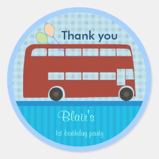 Etiquetas do aniversário: Ônibus de Londres Adesivo Redondo
