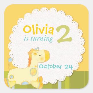 Etiquetas do convite de aniversário do girafa do adesivo quadrado