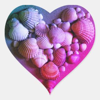 Etiquetas do coração de Shell do mar do rosa
