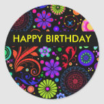 Etiquetas do feliz aniversario adesivo em formato redondo