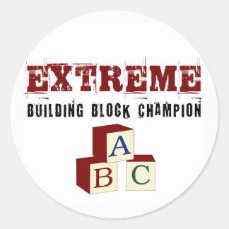 Etiquetas extremas do campeão do bloco de