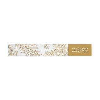 Etiquetas Ouro Pinecones e feriado das agulhas do pinho