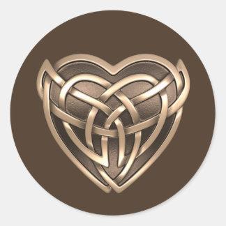 Etiquetas redondas do coração celta