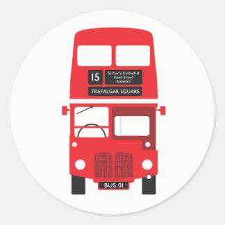 Etiquetas vermelhas do ônibus de Londres