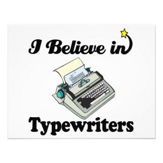 eu acredito nas máquinas de escrever convite