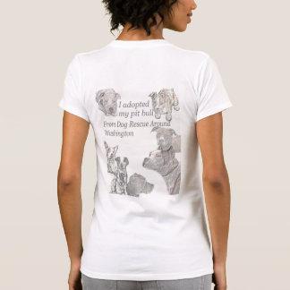 Eu adotei meu pitbull camiseta
