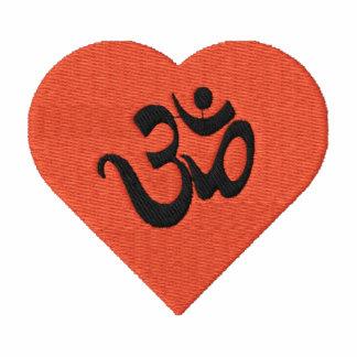 Eu amo a camisa bordada OM da ioga (do coração)