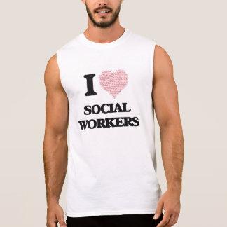 Eu amo assistentes sociais (o coração feito das camisas sem mangas