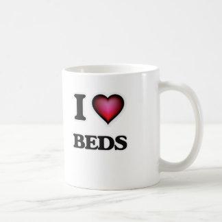 Eu amo camas caneca de café
