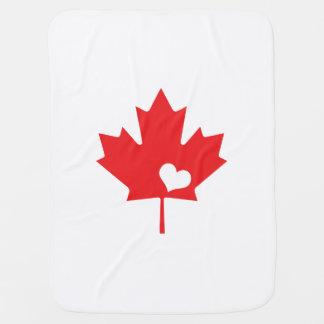 Eu amo Canadá - coração canadense da folha de Cobertorzinho Para Bebe