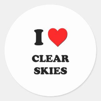 Eu amo céus claros adesivos redondos