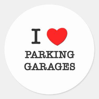 Eu amo garagens de estacionamento adesivo redondo