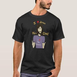 Eu amo Jesus que é camisa legal de T