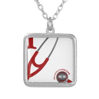 Eu amo meu estetoscópio - vermelho colar banhado a prata
