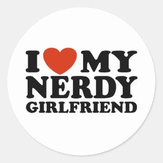 Eu amo meu namorada Nerdy Adesivo Em Formato Redondo